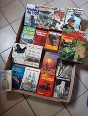 Diverse alte Bücher auch Weltkriegsbücher