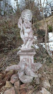 Steinfigur mit Sockel für Garten