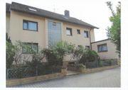Roßtal Kernort Dreifamilienwohnhaus von Privat