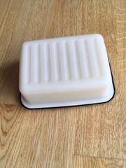 Tupperware Butterdose war im Gebrauch