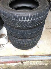 4 Winterreifen Dunlop 215 65R16