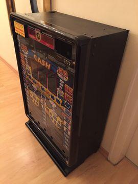 Geldspielautomat - Leergehäuse Euro Cash ideal: Kleinanzeigen aus Starnberg - Rubrik Spiele, Automaten