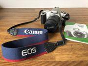 Canon EOS 300 Spiegelreflexkamera mit