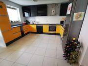 Küche inkl Kühlschrank und Elektrogeräte