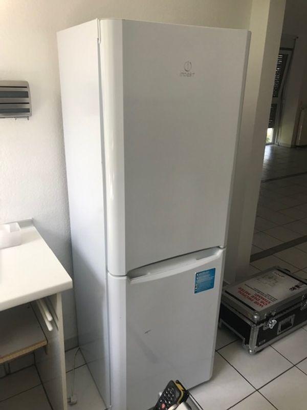 Kühlschrank Kühl- Gefrierschrankkombination