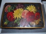 Blechdose mit Blumendekor