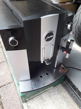 Kaffee-, Espressomaschinen - 3 x kaffeevollautomaten