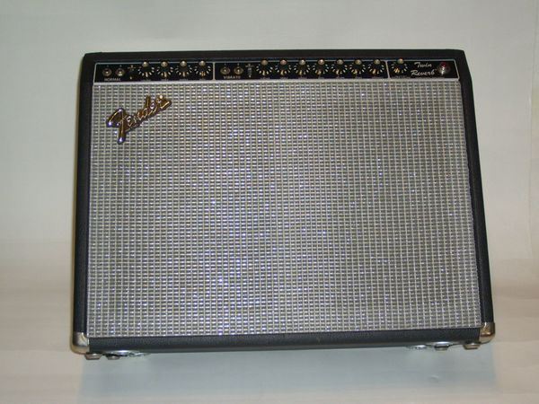 1980 - 1982 Fender Twin Reverb