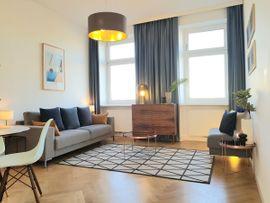 Perfekt für Wien-Besuche: Außergewöhnlich stilvolle, kernsanierte Altbauwohnung f. Design-Liebhaber