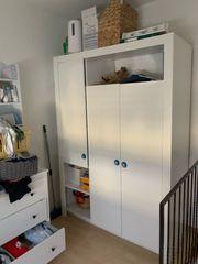 Kinderzimmer Kleiderschrank