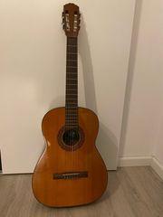 gut erhaltene Hofer Gitarre
