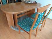 Vollholztisch mit 10 Stühlen