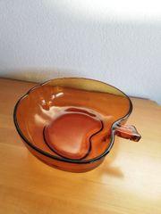 Glasschale in Apfelform