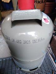 11 kg Propangasflasche mit Kappe