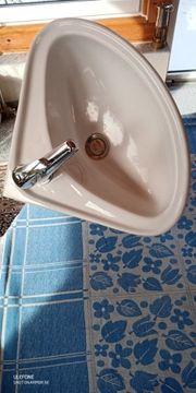 Waschbecken Eckwaschbecken mit Mischbatterie