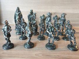Gesellschaftsspiele - Schachfiguren