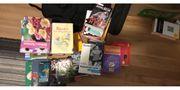 Büchersammlung mit 50 Büchern