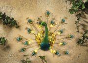 Wandbild Pfau grün mit Solarleuchten