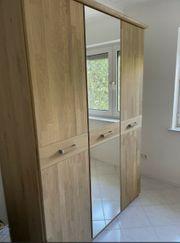 Hochwertiger Kleiderschrank 3-türig mit Spiegel -wildeiche