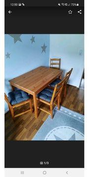 Esszimmertisch mit Stühle