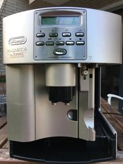 Kaffeevollautomat DeLonghi Magnifica Automatic Cappuccino