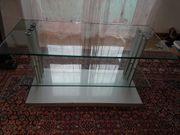 TV-Tisch aus Glas