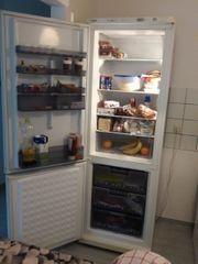 Küchenbuffett Herd Waschmaschine und Kühlschrank