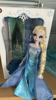Queen Elsa Debox Doll Frozen