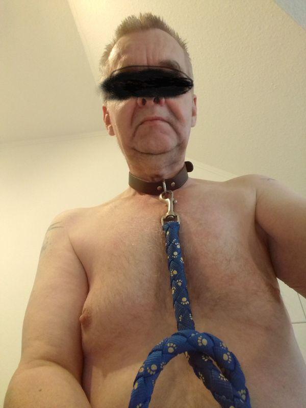 Dominate Herrin von Sklaven gesucht