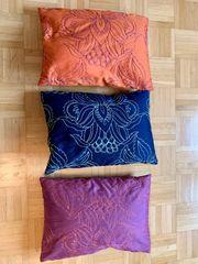 3 wunderschöne orientalische Kissen 38