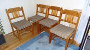 Verkaufe 4 Kieferstühle für alle