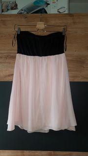 Verschenke dieses Kleid