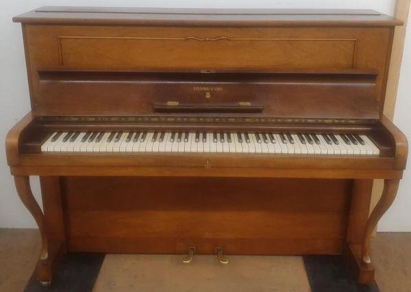 Steinway Son s Klavier Piano