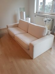schönes weißes Sofa