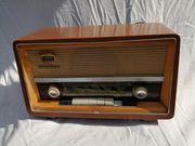 Alter Röhrenradio Minerva