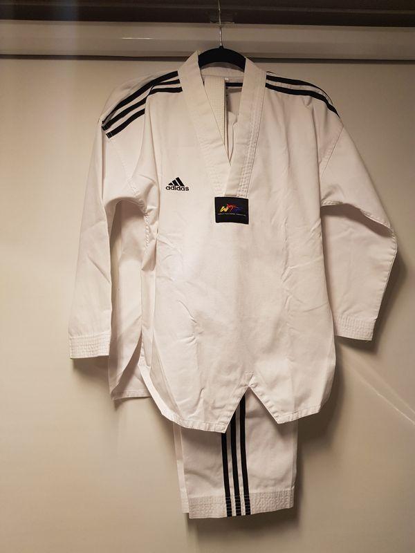 Taekwondoanzug Adi Club 3 Stripes