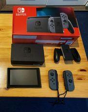 Nintendo Switch Spielkonsole - Grau 32Gb