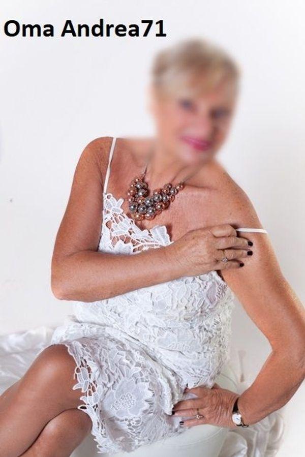 Oma Andrea 71 nur HAUS