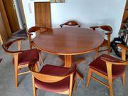 Massiver Teakholztisch mit Stühlen