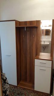 Garderobe Garderobenschrank mit Spiegel