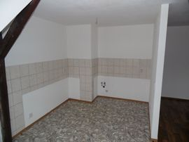 Bild 4 - 2 Raum Wohnung attraktives Dachgeschoss - Zittau Pethau
