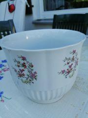 Übertopf Porzellan weiß mit Blumen