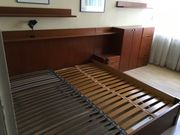 Schlafzimmermöbel Doppelbett Kommoden elektrischem Lattenrost