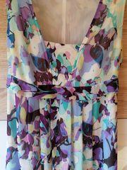 Langes elegantes Kleid von dresses