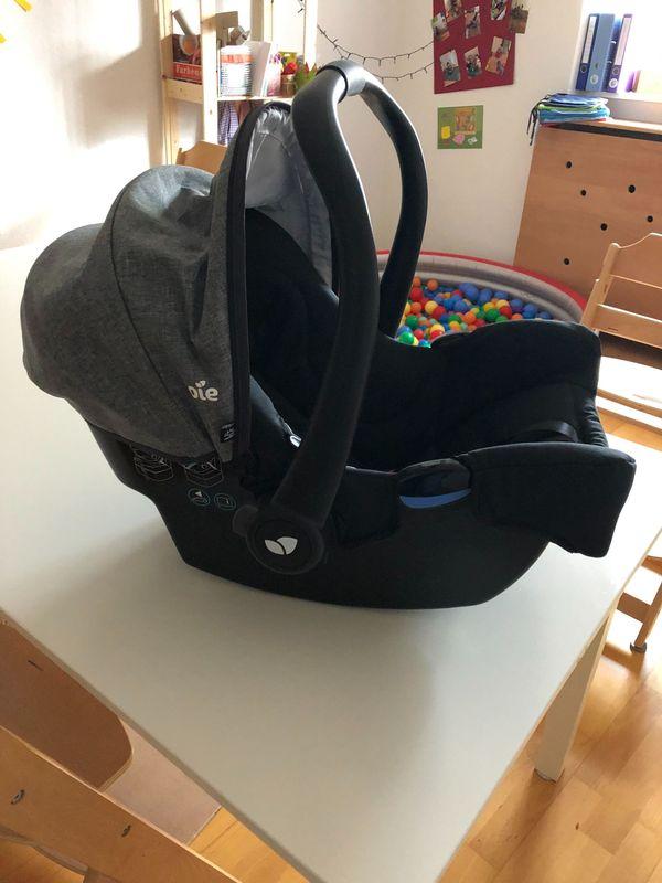Babyautoschale