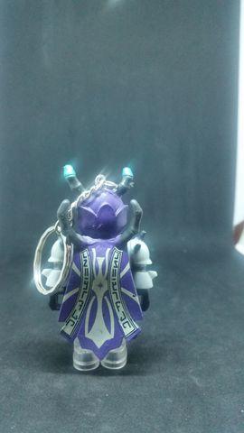 Taschen, Koffer, Accessoires - Schlüsselanhänger Roboter lila