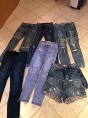 Jeanshosen und Shorts