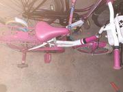 Mädchen Fahrrad in pink 16