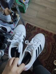 Adidas dame größe 41