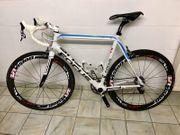 FOCUS Rennrad Team Izalco 56cm